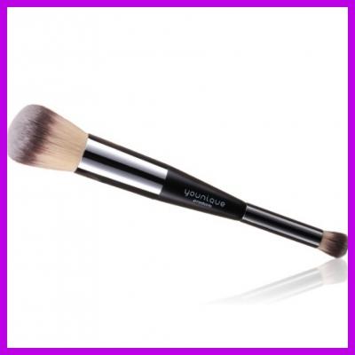 Powder/Concealer Brush - YOUNIQUE